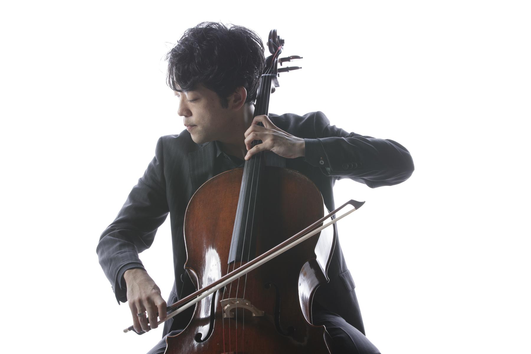 横坂 源(チェロ) ⒸTakashi Okamoto